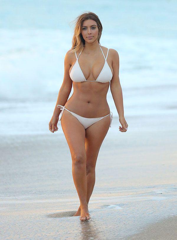 100+ Celebrity Bikini Bodies - Pics of Celebrities on the Beach -  Cosmopolitan 2e527952a