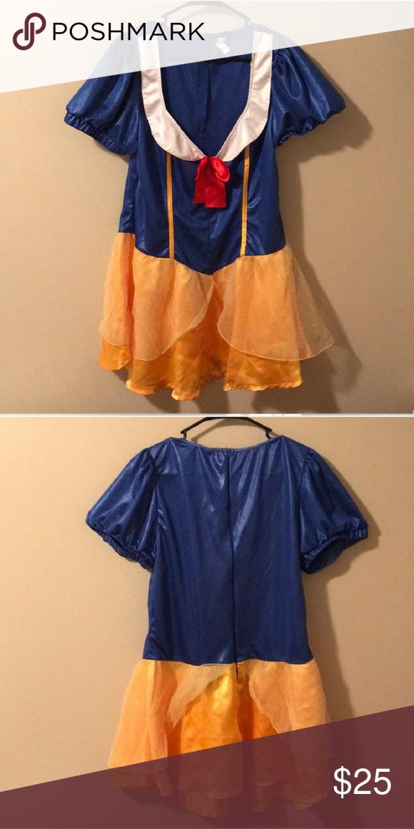 fa5e1f9d89614 Torrid Plus Sized Snow White Costume Plus sized costume! Storage crinkles