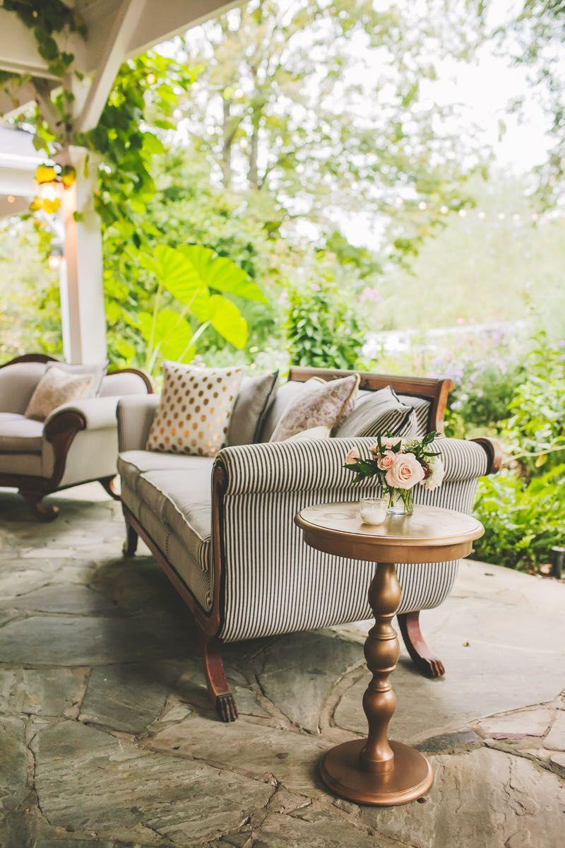 pretty cocktail lounge |#cedarwoodweddings