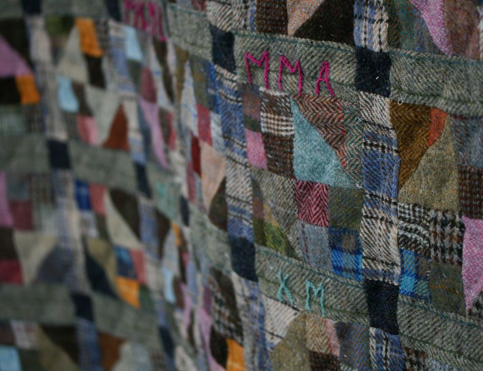 ebf72251bfc8b quilt from Harris tweed--didnt i pin this before? i think this ...