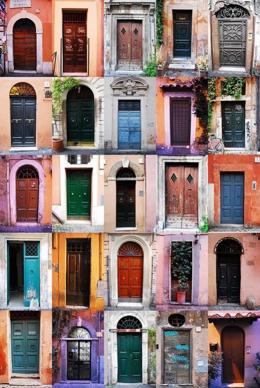 Elle aime les portes du monde car elles protègent et s\u0027ouvrent - couleur des portes interieur
