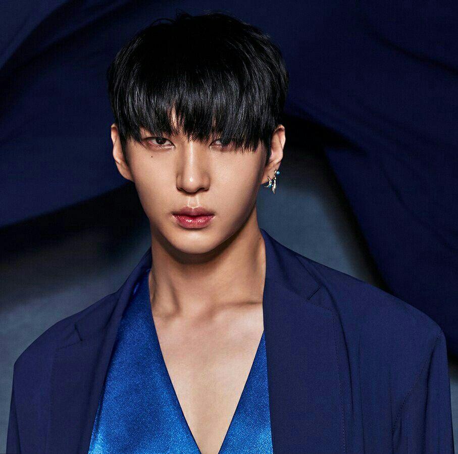 LEO VIXX Taekwoon