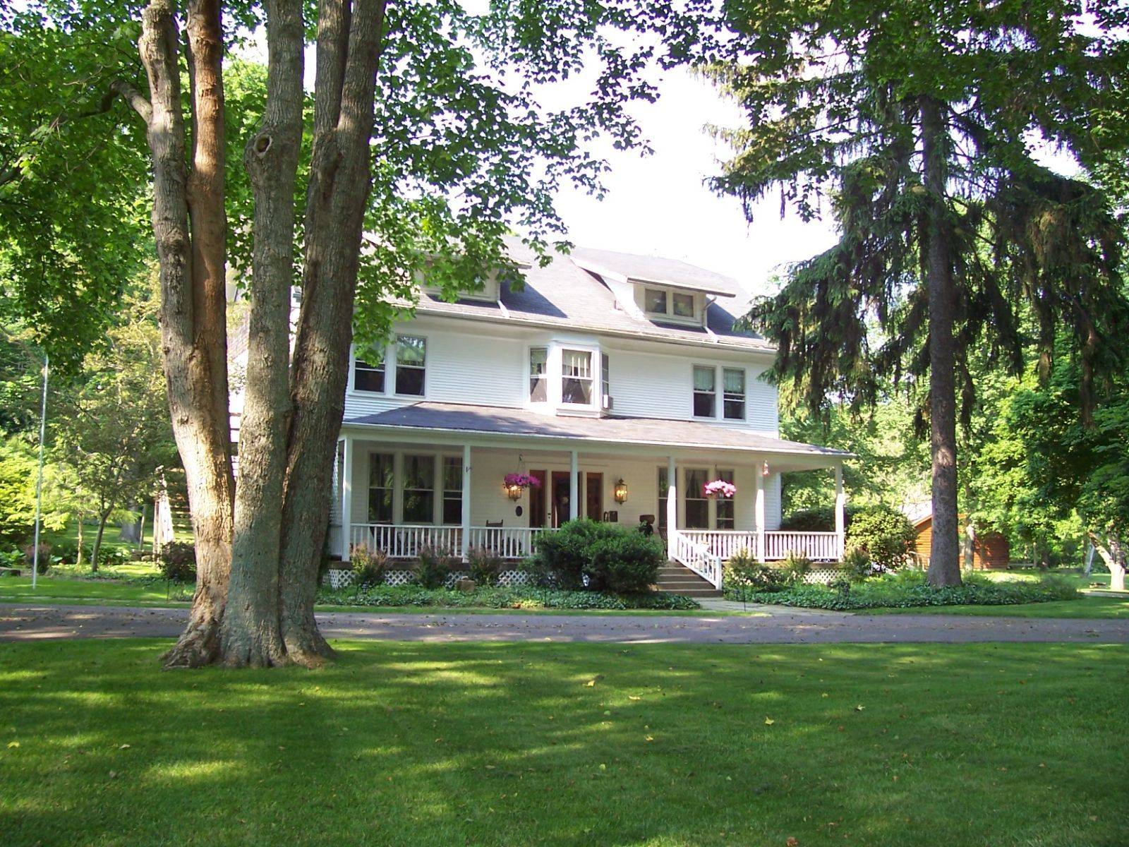 The White Oak Inn In Danville Oh Select Registry Near Berlin We Visited Once And Loved It