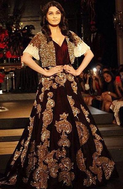 ea2dd139ed1 20 Best Manish Malhotra s Bridal Collection - Lehengas   Dress in ...