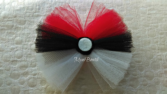 Pokeball bow - Pokemon hair bow - Red white and black bow - Hair accessories - Photo prop - Halloween bow - Toddler headband - baby hair bow #babyhairaccessories