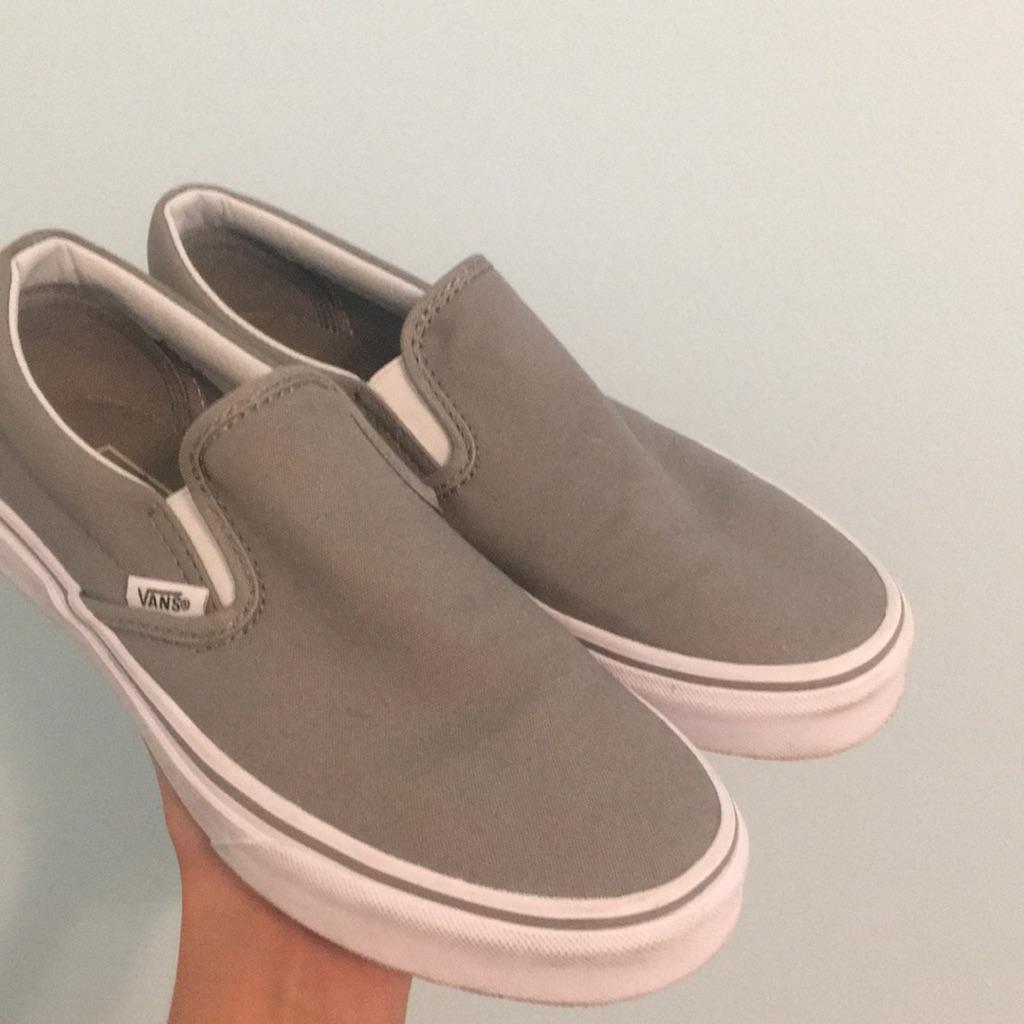 Light gray slip-on vans | Grey slip on
