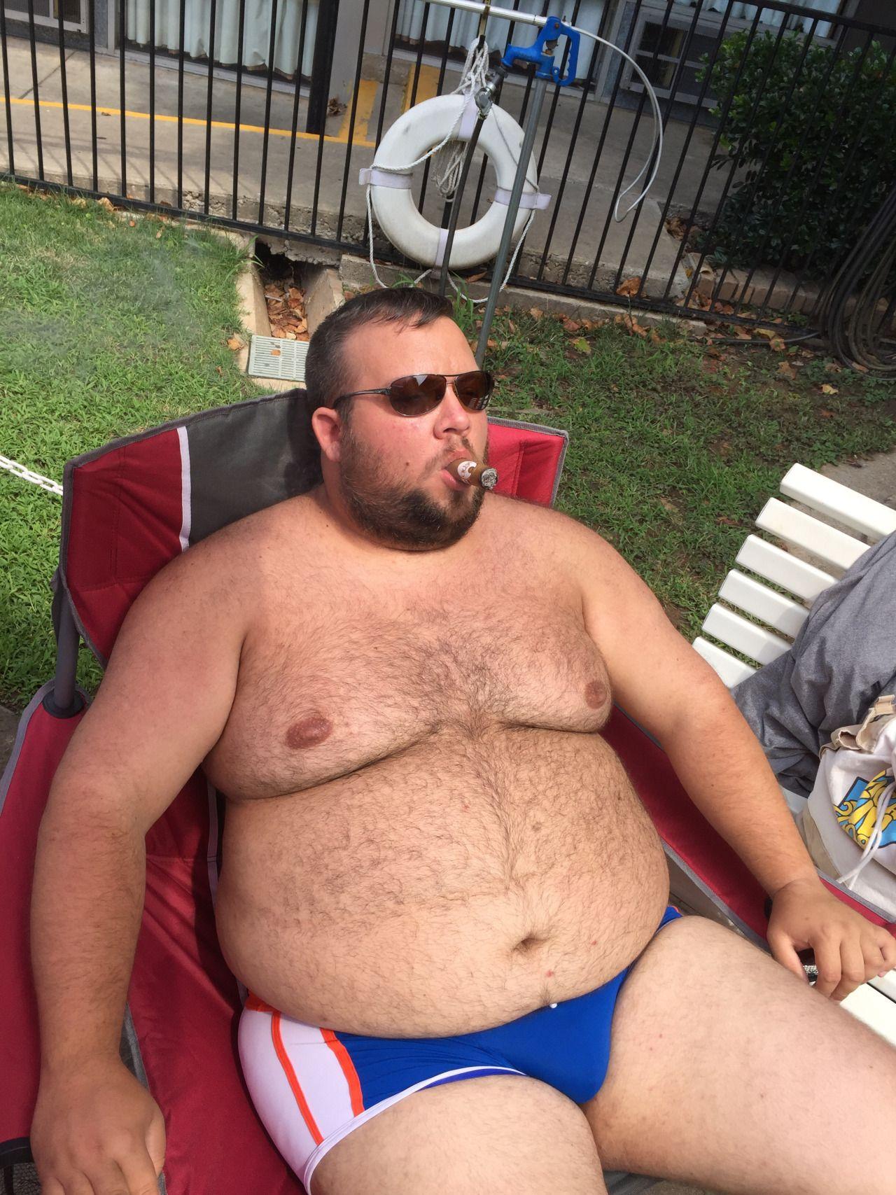 chubby-men-place-teen