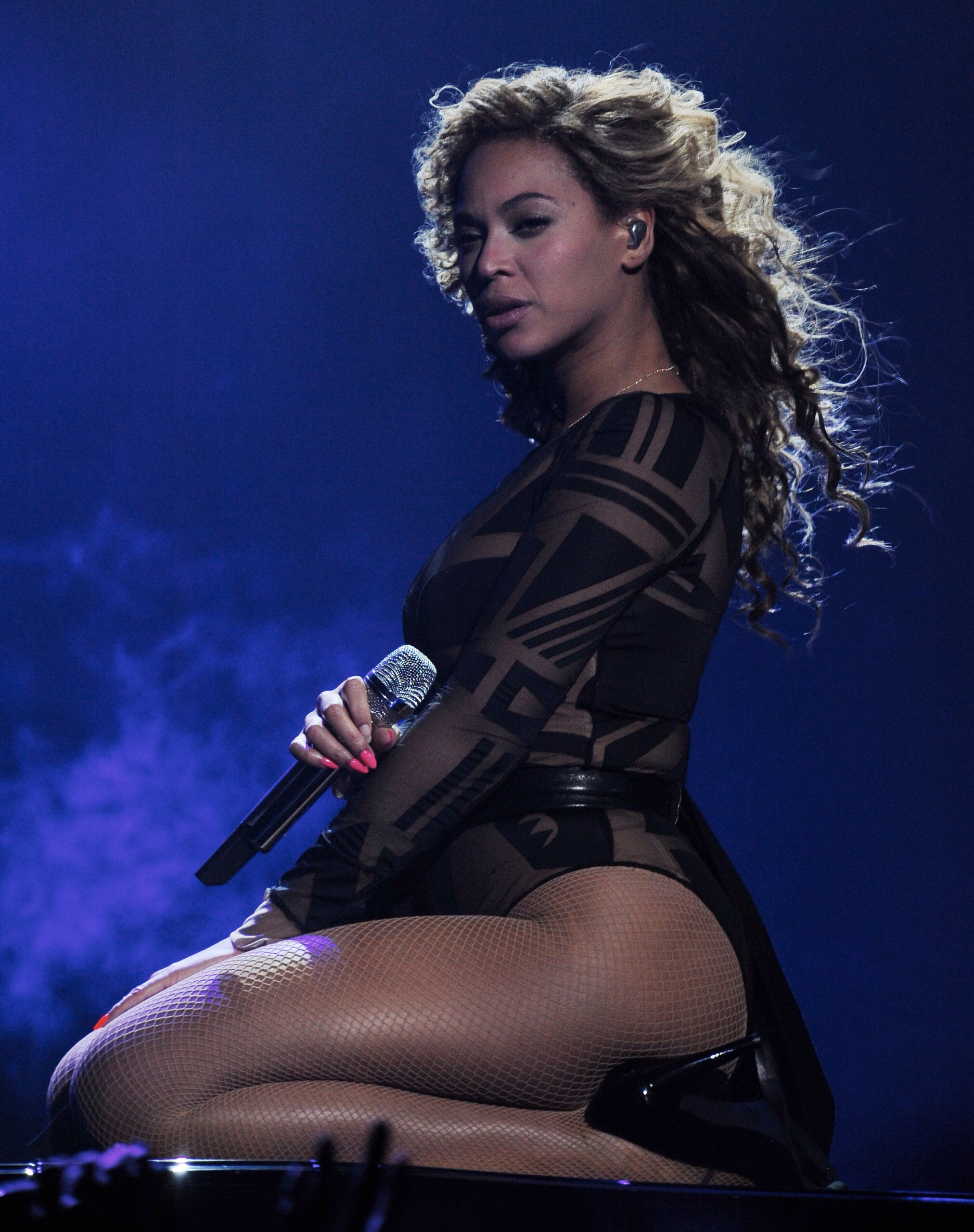 Revel Presents Beyoncé Live May 25 28 2012 also called Back to