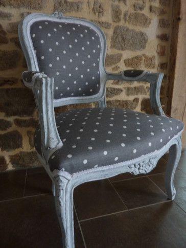 peinture effet craquel et patine tissus gris pois blanc. Black Bedroom Furniture Sets. Home Design Ideas