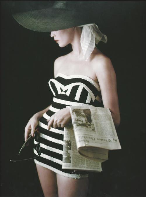 1953 bathing suit by Jean Patchett;  Photographer: Milton H. Greene