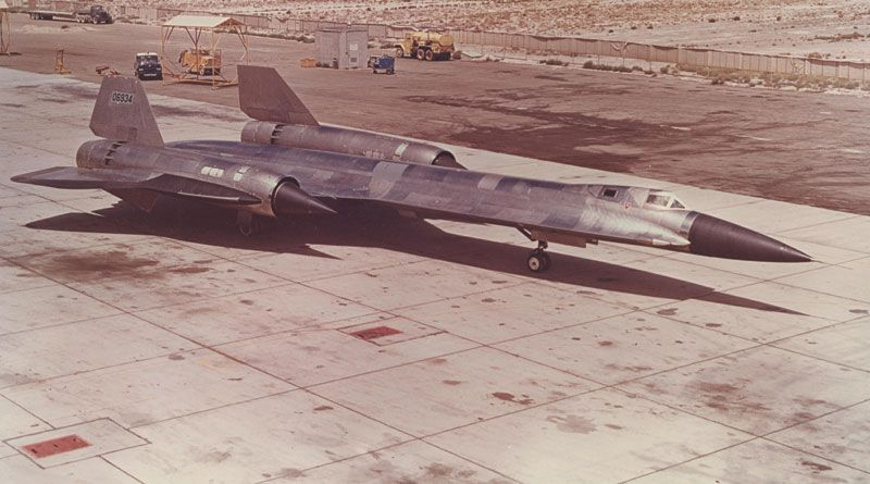 The A 12 A Cia Precursor To The Sr 71 Blackbird Of The Usaf The A Was For Archangel Also Called The A 12 Oxcart Aircraft Lockheed Lockheed Sr 71