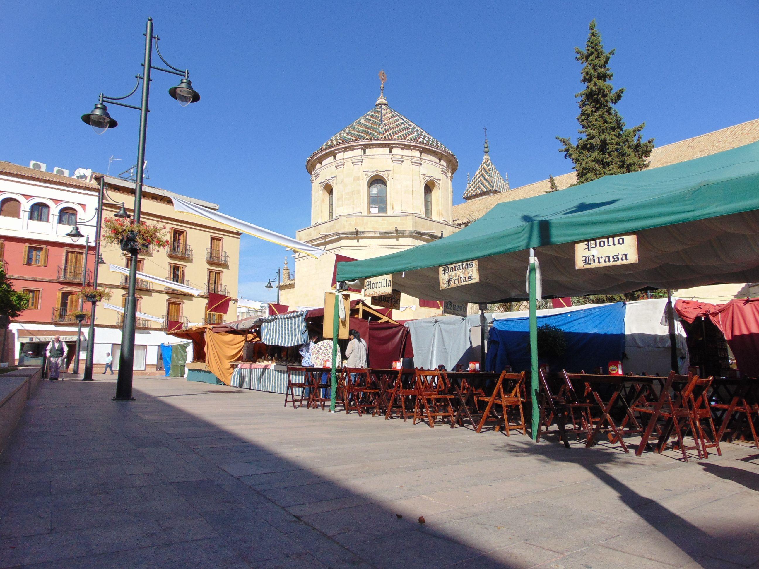 Mercadillo medieval. Plaza San Agustín.