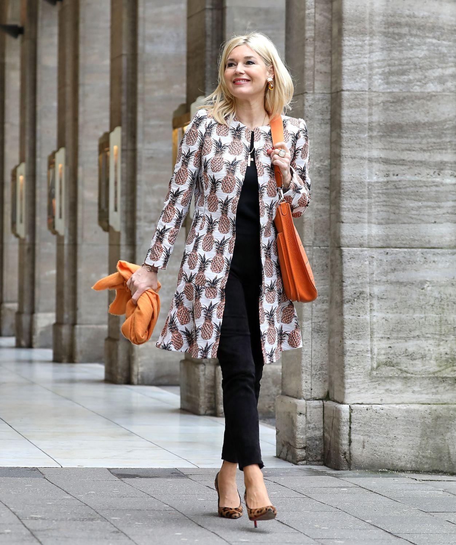 Pin von Valentina auf мода после 50ти | Frauen outfits