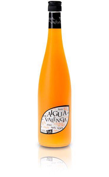 Imagen de http://www.valsan1831.com/15-88-large/aigua-de-valencia.jpg.