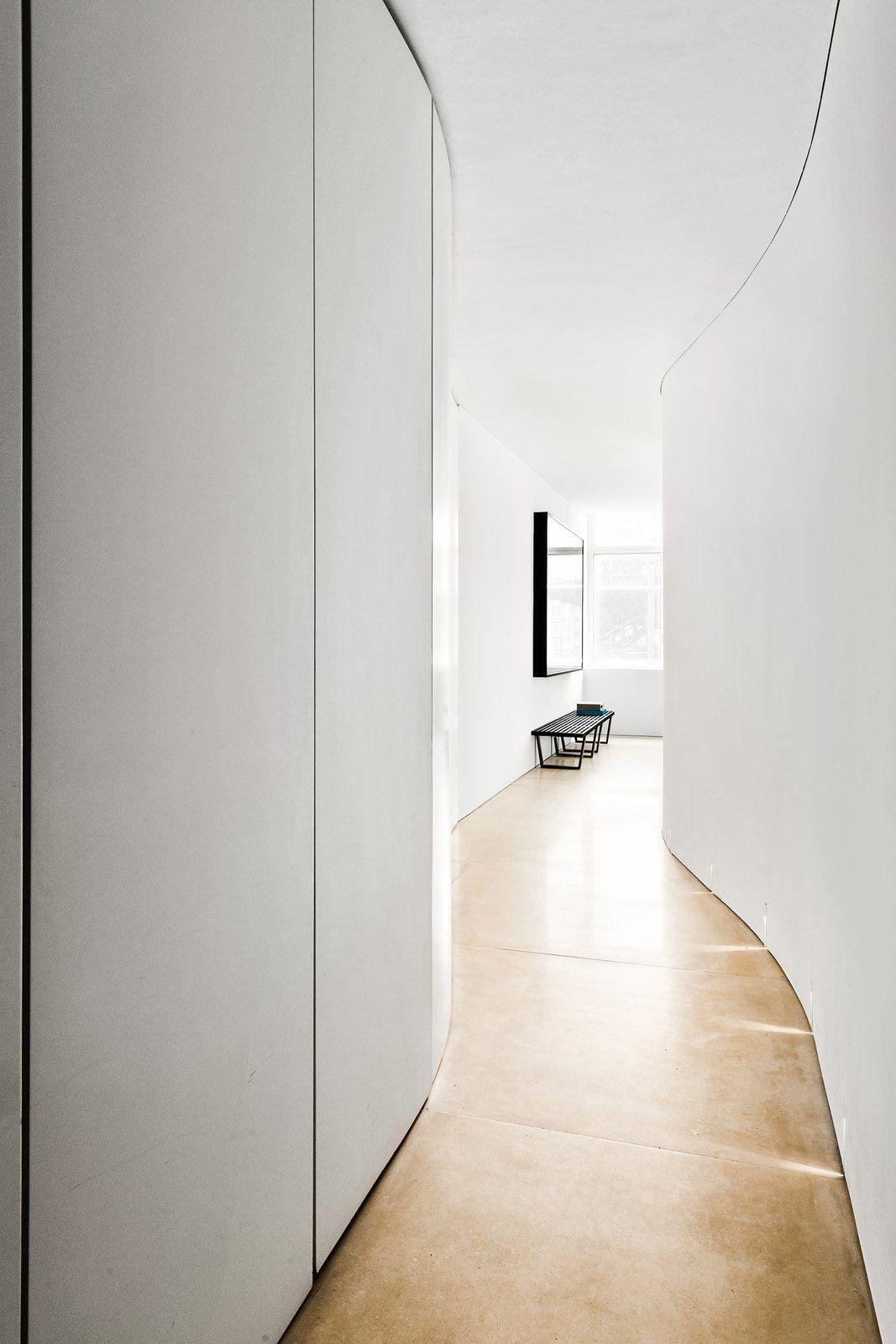 Kanye West And Kim Kardashian S Former Soho Pad Lists For 4 7m Soho Apartment Kanye West Soho House