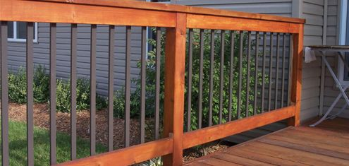 Wooden Frame With Aluminum Square Tube Balusters Deck Railings
