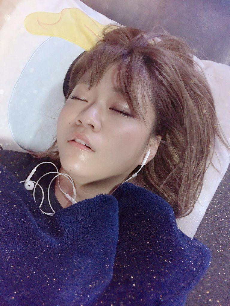 島田さんの可愛い可愛い寝顔です Https Twitter Com Makiho 1019 Status