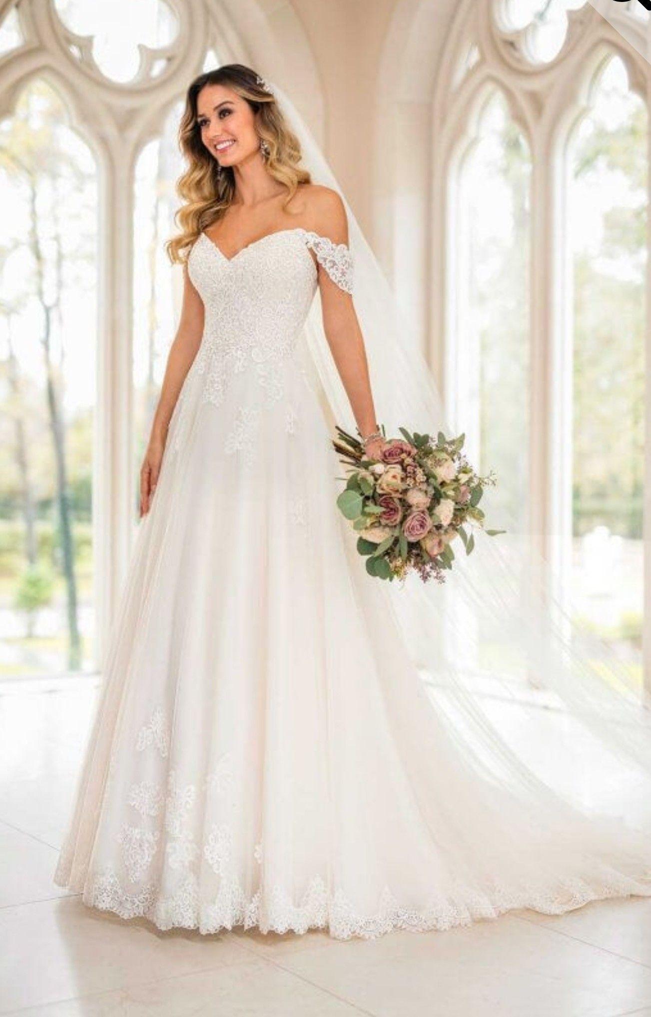 Brautkleid A Linie mit Spitze und kleinem Träger von Stella York