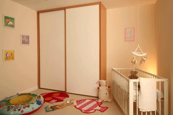 made to measure sliding wardrobe doors upto 2100mm width ideal for