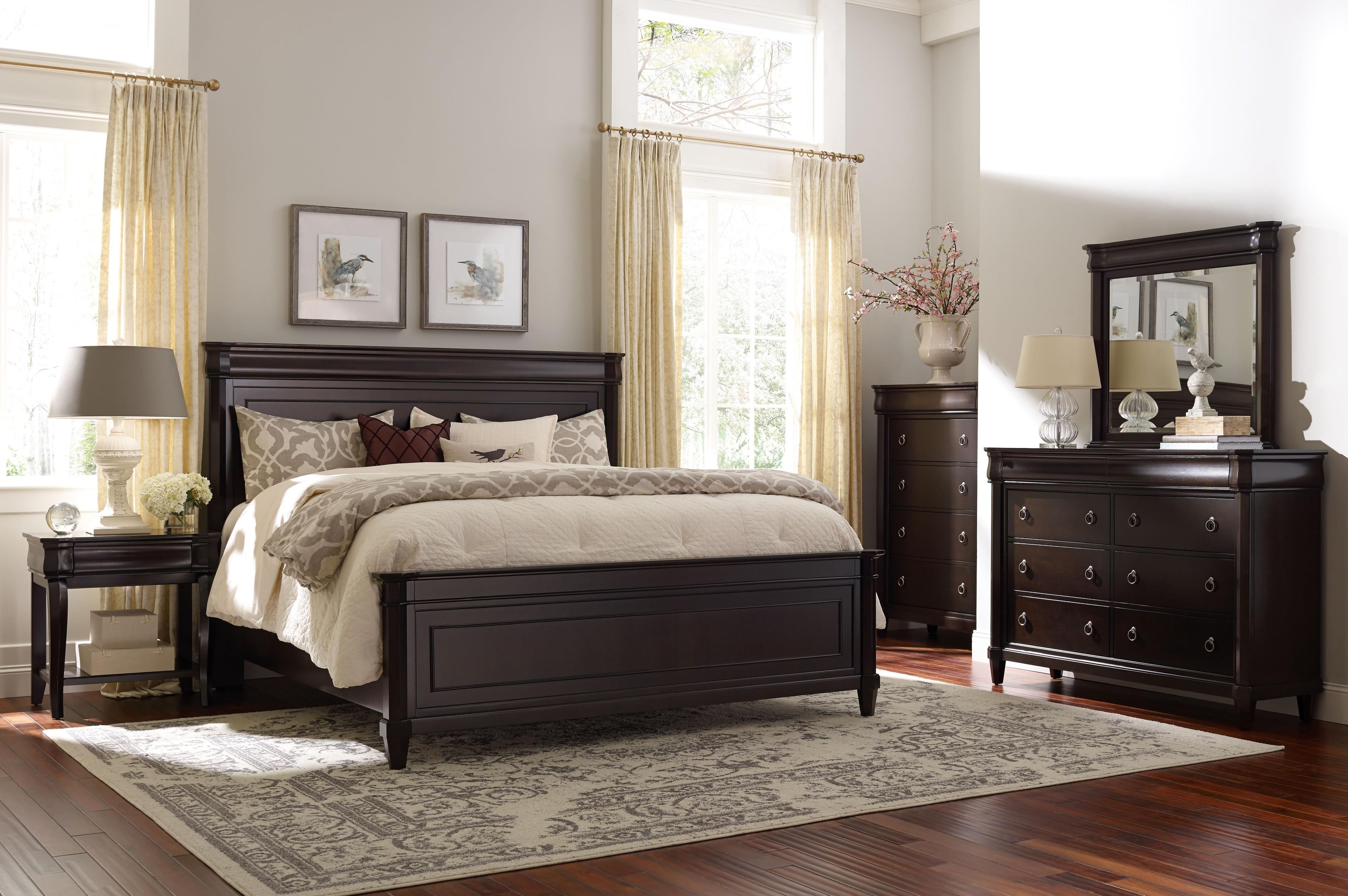 Aryell King Bedroom Group by Broyhill Furniture Broyhill