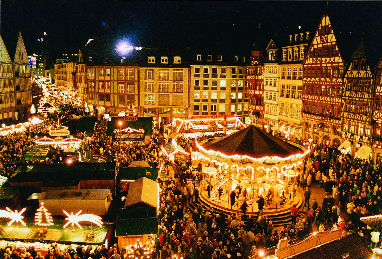 Mercado De Navidad De Fránkfort Alemania Mercado De Navidad Mercados Navideños Mercado De Barcelona