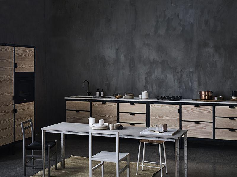 enclosed volumes / paris Kitchens, Walls and Black decor