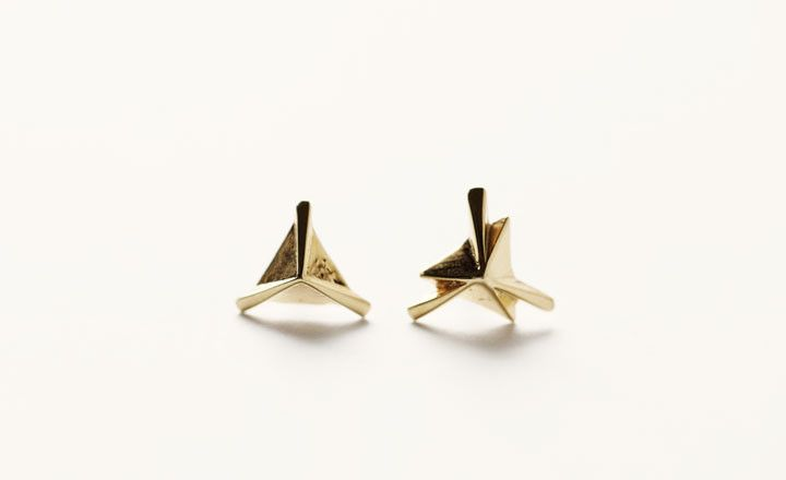 $83 GOLD PYRAMID AXIS STUDS BY TOMTOM