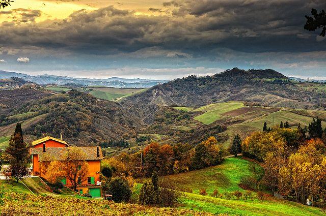 Colori autunnali by sdhaddow, via Flickr