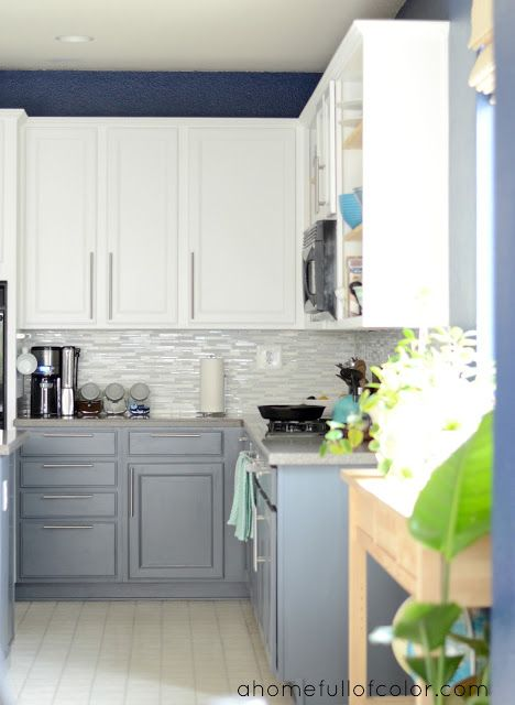 A Home Full Of Color Did Whole Kitchen Makeover Using Benjamin Moore Simply White On The Upper Cabinets Anchor Gray Lower
