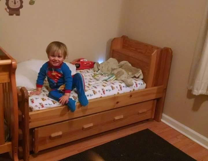 Toddler Sized Twin And Trundle Bed Holds Crib Sized Mattresses To Aid In Your Little One Adjusting From The Crib To A Big Boys Bedding Trundle Bed Boys Bedding