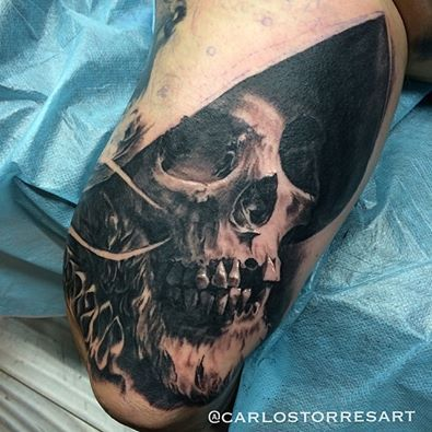 Carlos Torres As Far As We Got Last Night On David M666 Conquistador Skull Guy One More Session Should Finish The O Tattoos Worlds Best Tattoos Skull Tattoo