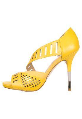 Heel Sandaletten Gx Adler By Stefani Gelb Gwen High 6yb7Yfg
