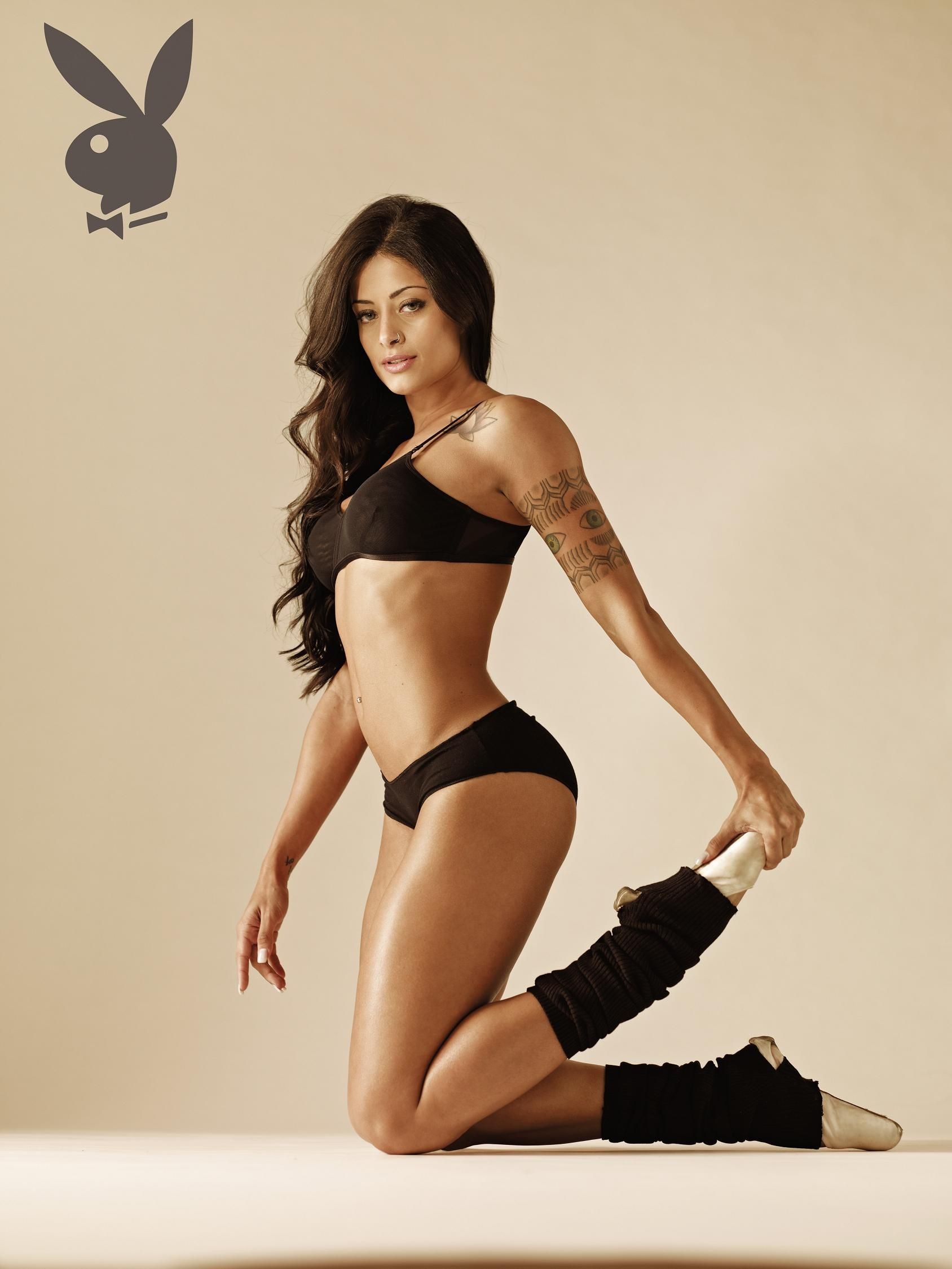 Aline Riscado Nua Na Playboy pin em 1 more knock out