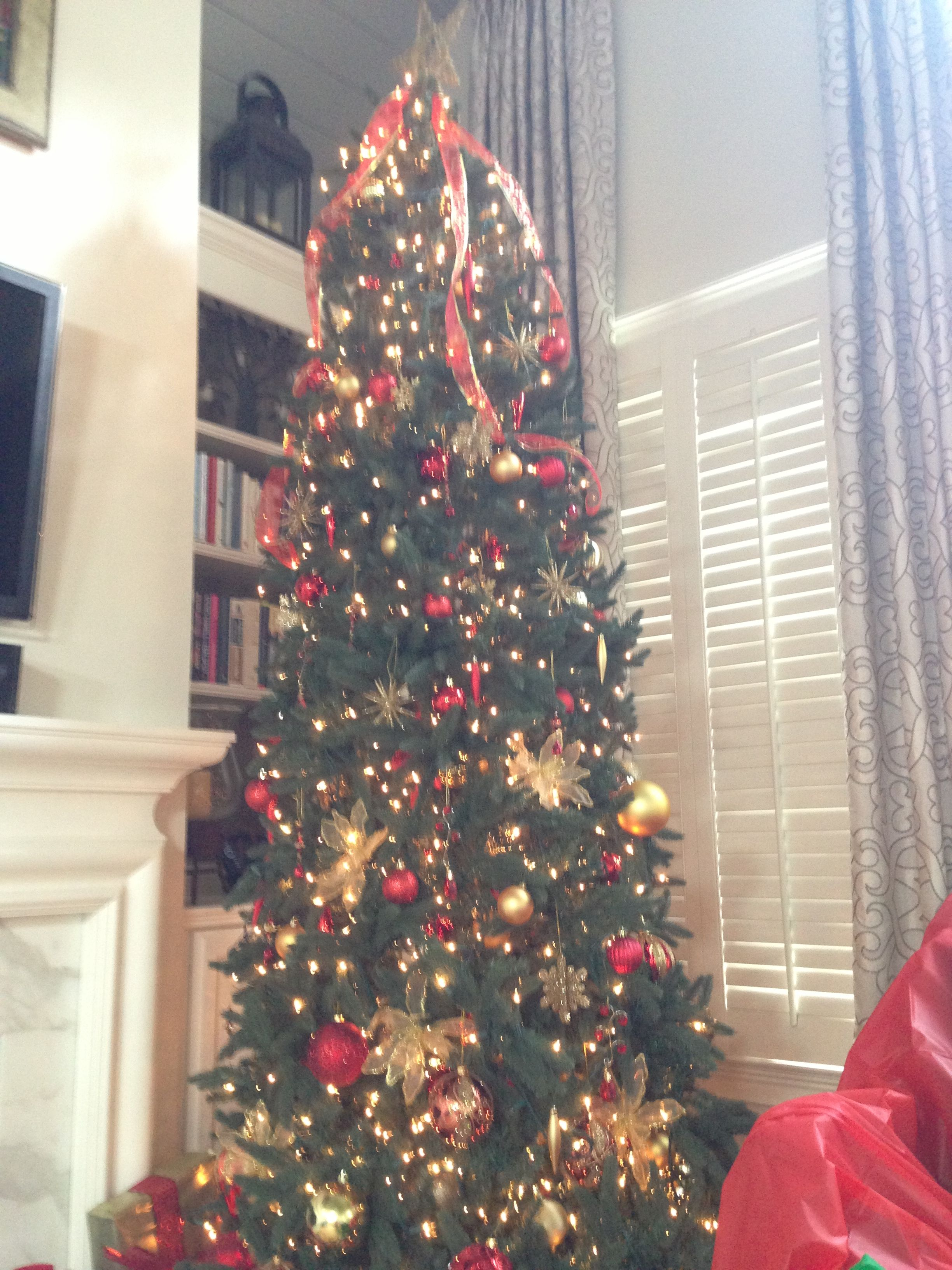 we have lovely 9 ft christmas trees for rent you can get them fully decorated or completely bare atlanta rental christmas tree extended red gold - Fully Decorated Christmas Tree