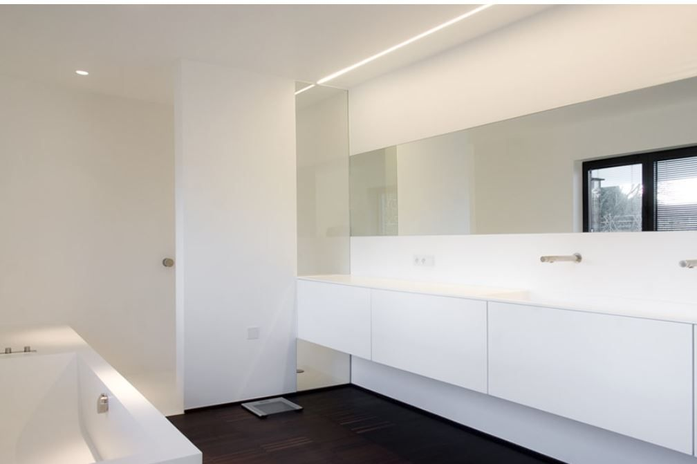 Inloopdouche Met Badkamerkastje : Badkamerinspiratie moderne badkamer met ruim ligbad