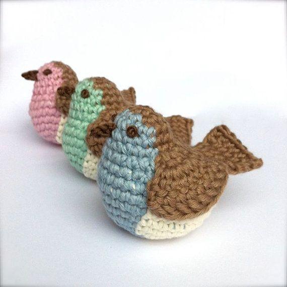 Robin Crochet Pattern / Crochet Bird Pattern / by LittleConkers ...