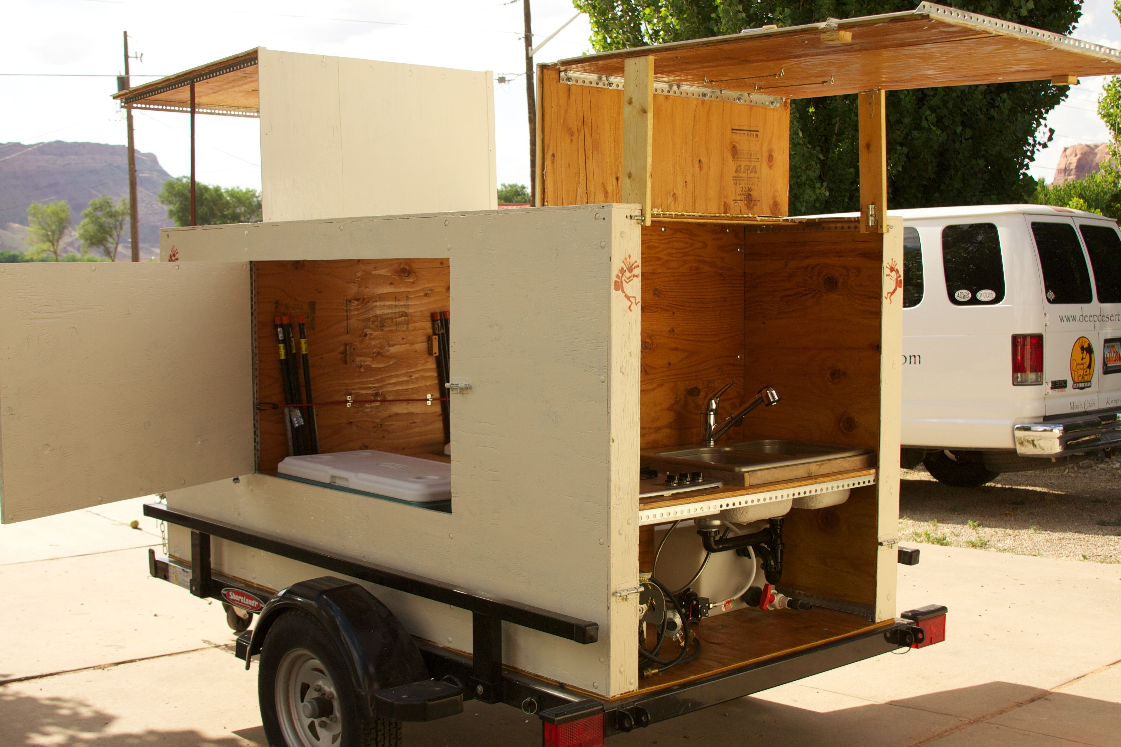Camping Kitchen Trailer In 2020 Camp Kitchen Diy Camping