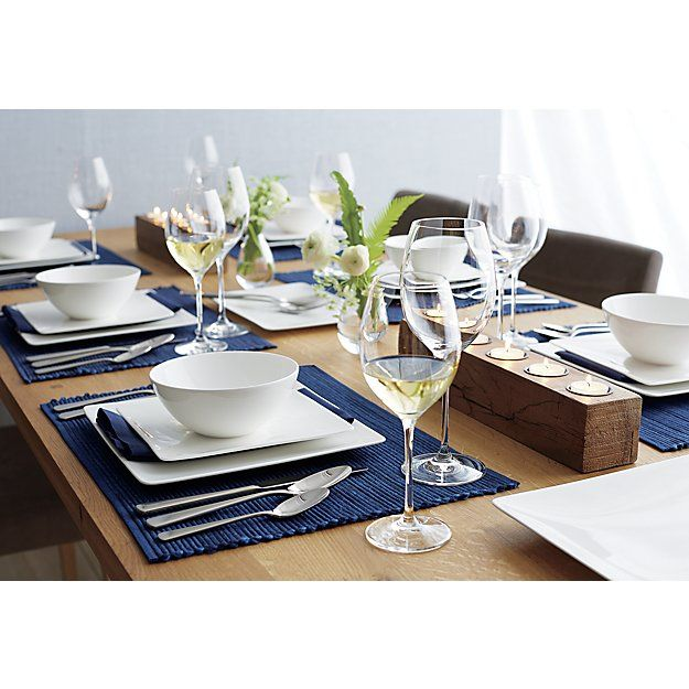 Sonoma Indigo Placemat Crate And Barrel In 2020 Dinner Table Decor Dinner Table Setting Table Settings Everyday