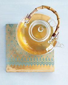 lace tile coasters. lace as a stencil & metallic paints. #kitchen #decor #diy