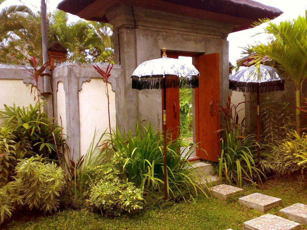 Balinese style entrance door balinese design pinterest