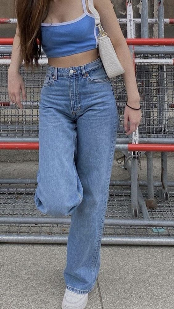 Types of Jeans - 10 Jeans Styles That Girls Must O