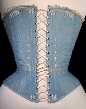 Corset (de espalda), de seda azul  posiblemente, Inglés o Francés, 1864. Museo no. T.169-1961