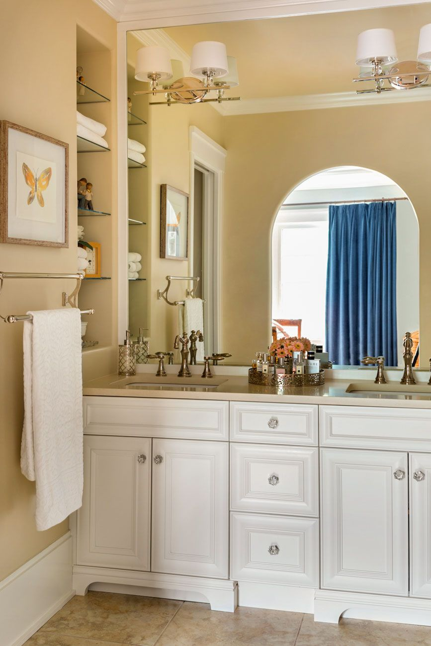 How To Refresh Your Bathroom Without Replacing The Tile Before And After Small Bathroom Remodel Bathrooms Remodel Small Bathroom