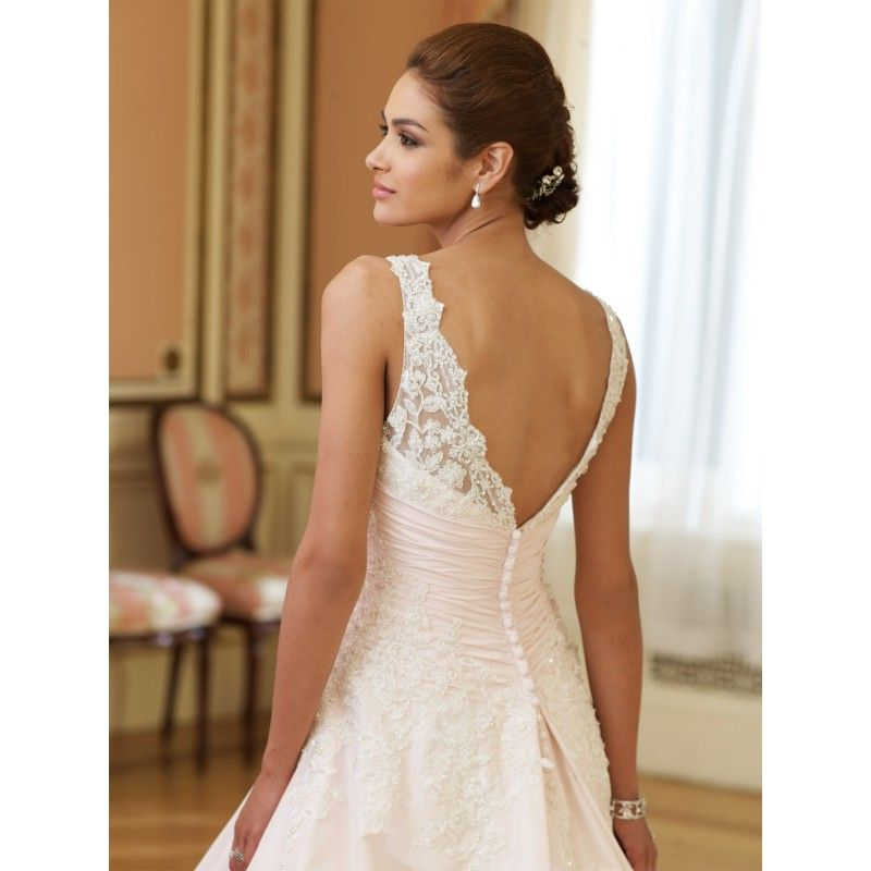 White Simple V Neck Wedding Dress Wedding Ideas Wedding Dresses