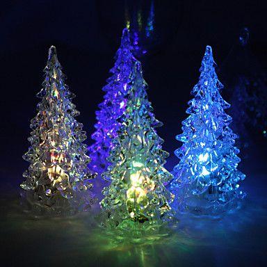 Árboles navideños en acrílico con corte láser y luces led. Panamá ...