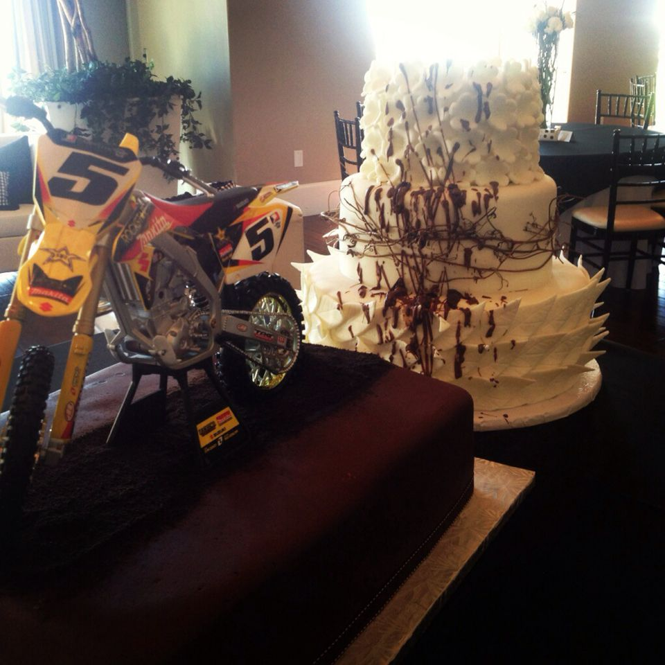 dirt bike wedding cake dirt bike wedding cake i it and want it stuff to 13534