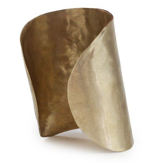 Artemisa Cuff http://www.kendallconraddesign.com/store/women/jewelry/208-901 #wonderwomancuff #brasscuff #brassjewelry #goddesscuff
