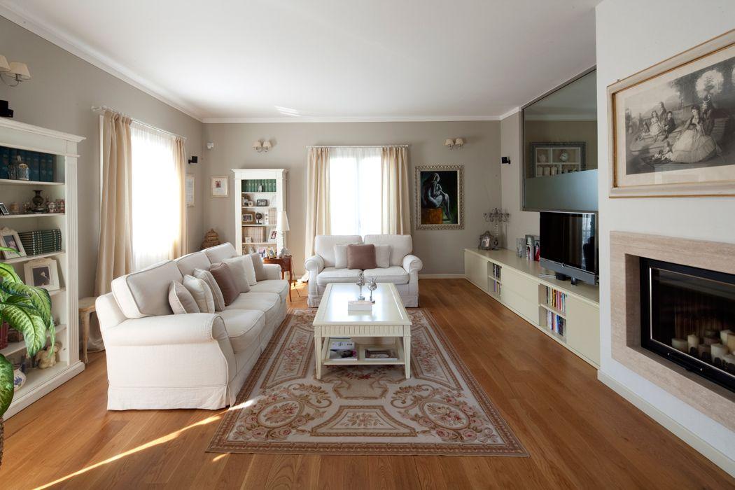 Pareti color tortora casa raffinata soluzioni d 39 arredo for Arredamenti per interni casa