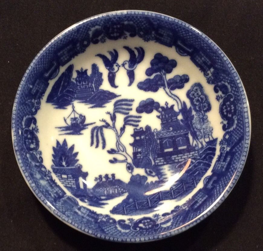 Japanese Blue Transferware Bowl Chinoiserie Vintage Blue Willow Round Coupe Blue and White Bowl Vintage Blue Willow Serving Bowl