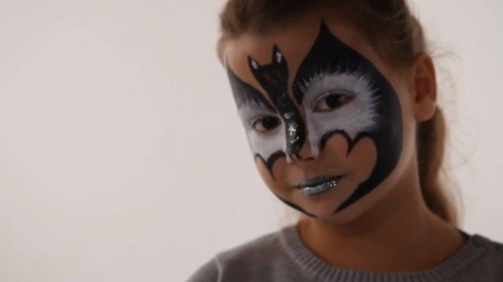 Maquillage chauve souris tutoriel maquillage enfant facile jeux halloween pinterest - Maquillage simple enfant ...
